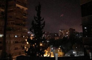 САЩ, Великобритания и Франция нанесоха ракетен удар в Сирия
