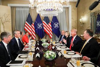 Македония очаква покана за преговори за членство в НАТО
