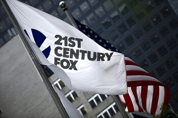 Fox надви Comcast в битката за европейската медийна група Sky
