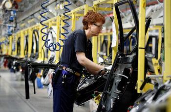 Двигатели на Volvo срещат проблеми с контрола на вредните емисии