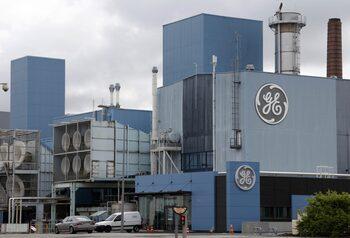 General Electric ще продава активи, за да намали дълговете си