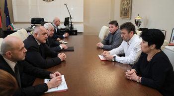 Бойко Борисов развърза кесията за гневните медици