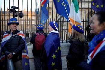 Британският парламент гласува за изземане на дневния ред за Brexit