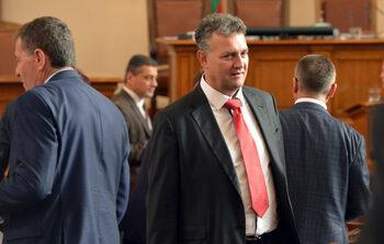 """Валентин Николов от ГЕРБ поиска ДАНС да провери """"Еврохолд"""" заради сделката с CEZ"""