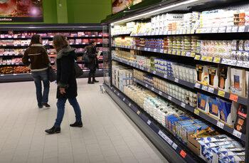 Nielsen: Ръстът в покупките на храни и напитки в България се забавя до 6%