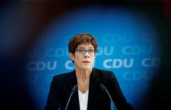 Наследничката на Меркел призовава за по-категорични климатични политики в Германия
