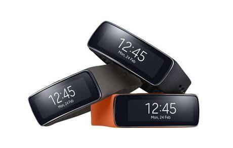 SAMSUNG Gear 2 Neo и Gear Fit вече могат да се купят и у нас