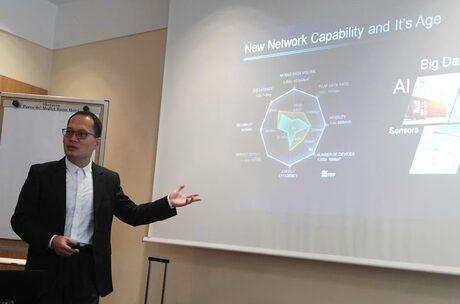 Huawei: Изкуственият интелект ще управлява фабрики, коли, медицински приложения
