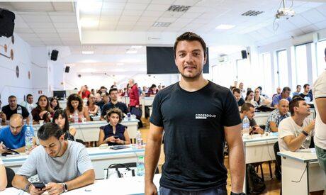 """Българската Coursedot става първият партньор на """"еднорога"""" Pluralsightв региона"""