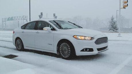 Ford налива  млрд. в изкуствен интелект за автономно шофиране