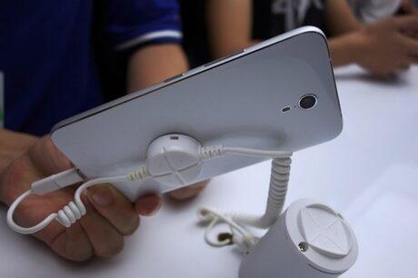 Lenovo атакува смартфон пазара с нова марка - ZUK