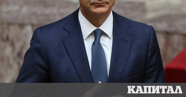Лидерът на управляващата в Германия ХДС Анегрет Крамп-Каренбауер стана министър