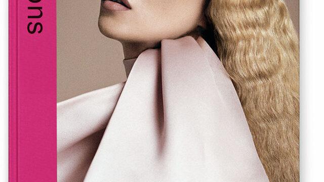 Корицата на изданиетоPhotography Daniele   Iango, styling Charlotte Stockdale, model Kate Moss i-D, The Alphabetical Issue, No. 323, Pre-Spring 2013