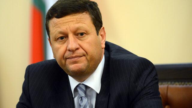 Поредно отлагане на края на цифровизацията не е добър вариант, смята председателят на КРС Веселин Божков.