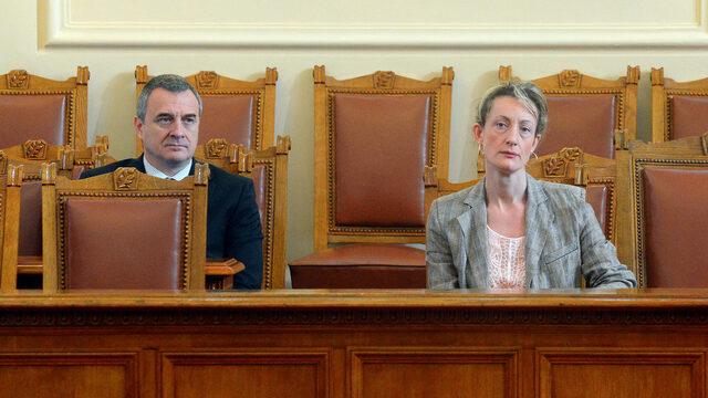 Ако искат да се преборят за напредък, тази година ще е тежка и за Златанова и за Йовчев