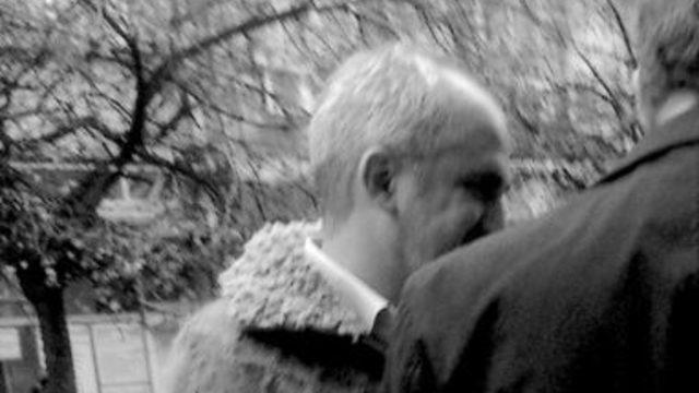Тази снимка на Мондешки е единствената, която намерихме. Правена е в края на 2013 г. пред входа на Съдебната палата на ул. Позитано
