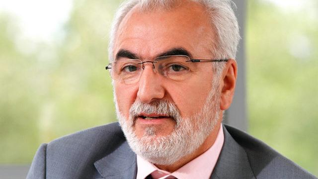 Руският гражданин от гръцки произход Иван Савиди участва в консорциума с компанията си Belterra Investments.