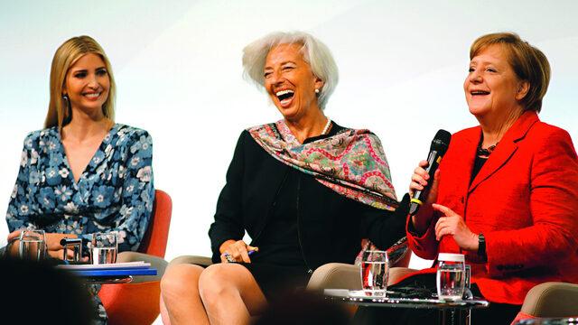 Дъщерята на президента Доналд Тръмп – Иванка, застана до някои от най-влиятелните дами в света като Ангела Меркел, представяйки САЩ на среща на жените бизнес лидери