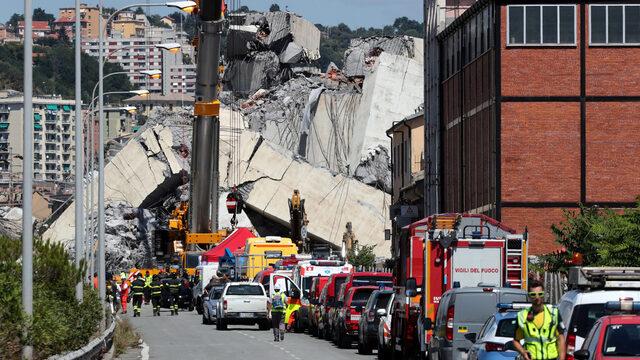 Италианският премиер Джузепе Конте обяви извънредно положение в региона на Генуа, след като при срутване на мост загинаха 39 души