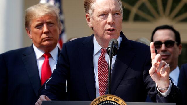 САЩ планират три отделни търговски сделки с ЕС, Великобритания и Япония, като започването на преговорите ще отнеме няколко месеца, потвърди американският постоянен търговски представител Робърт Лайтхайзър