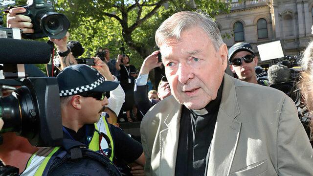 Австралийският кардинал Джордж Пел - секретар по икономическите въпроси на Ватикана, бе признат за виновен от съд в Мелбърн за сексуални посегателства над деца