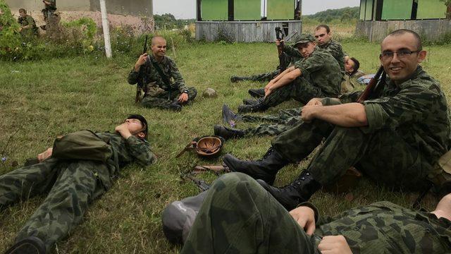 Ако Министерството на отбраната иска да удължи курса по военна подготовка до шест месеца, трябва да вложи доста усилия той да стане по-смислен от сега съществуващия едномесечен