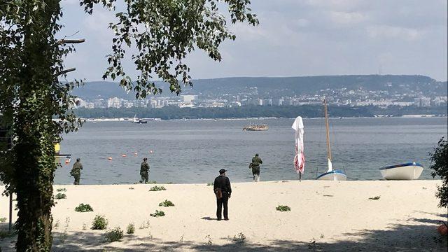 """Един от най-запомнящите се моменти от военната подготовка бе щурма на плажа по време на обучение по """"Тактическа подготовка"""""""