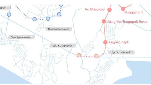 С прекъсната линия са отбелязани планираните нови две метростанции