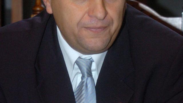 Веселин Божков положи усилия да убеди аудиторията си, че досегашното бездействие ще стане действия