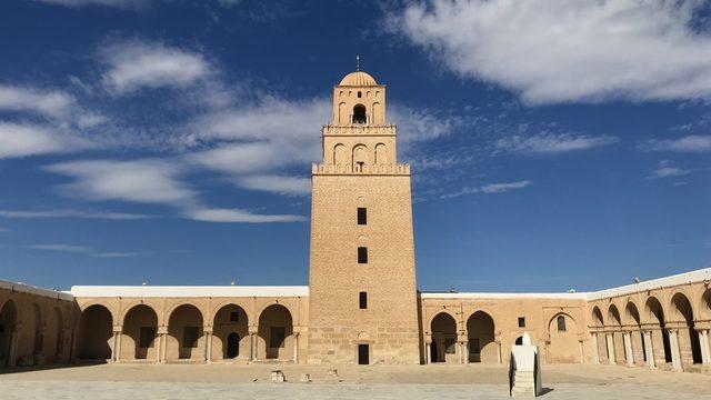 """Джамията """"Укба"""" в град Кайруан в централен Тунис"""