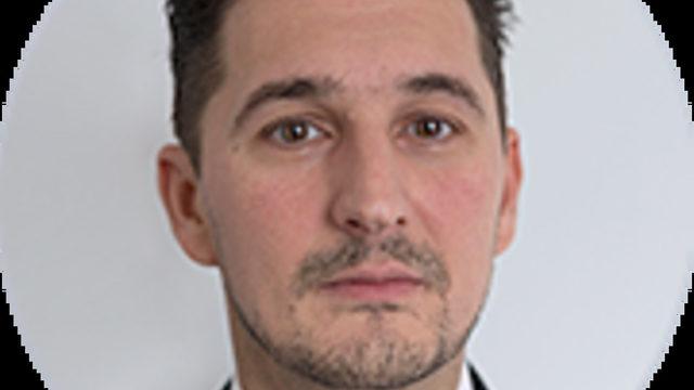 """Иван Антов е бил член на борда на """"Топлофикация Пловдив"""", началник отдел в КФН, член на съвета на директорите в инвестиционен посредник и е съдружник в адвокатско дружество."""