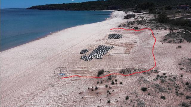 Мястото, където дюната е заравнена и се намира вече завършеното заведение