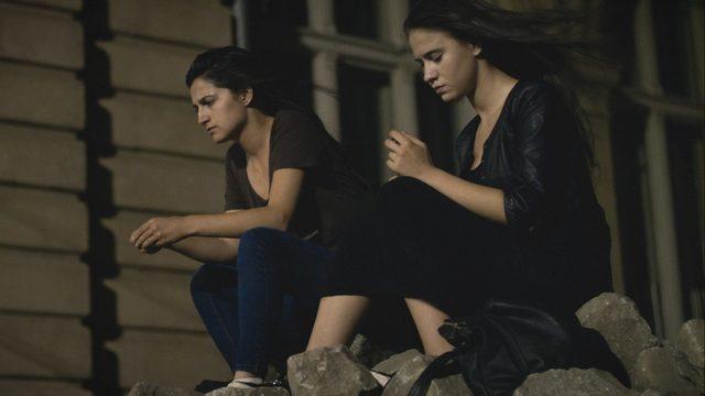 Ралица Стоянова (вляво) и Мария Бакалова са сестрите Лора и Соня