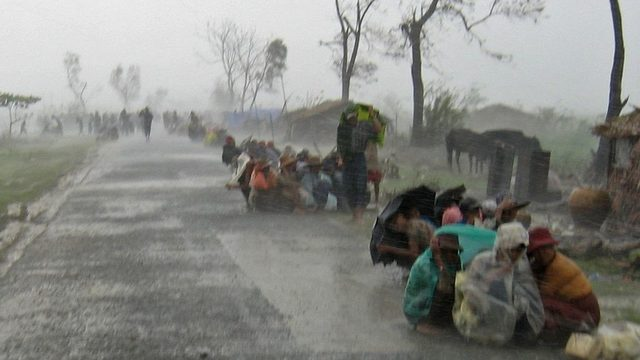Почти два милиона души в Бирма са пострадали или без подслон, смята ООН.&nbsp;Едва 25% от тях са получили помощ.<br /><br />