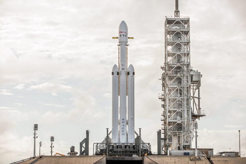 Сателитен интернет – новата космическа надпревара