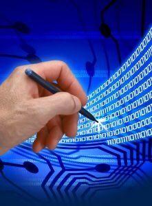 Adobe придоби компанията за е-подписи EchoSign