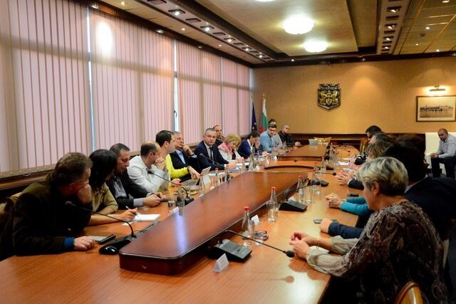 БАА ще подпомага обучението на кадри за аутсорсинг индустрията във Варна