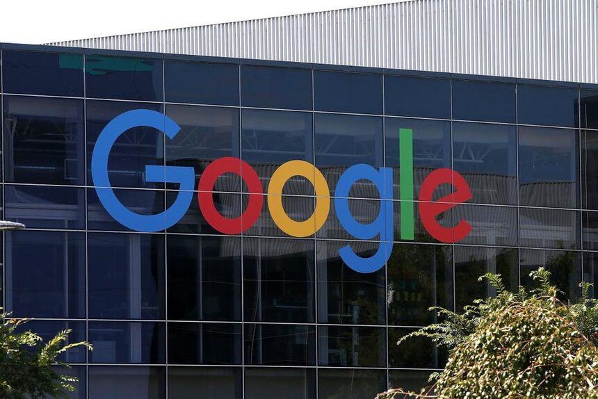 Служител съди Google заради вътрешна цензура