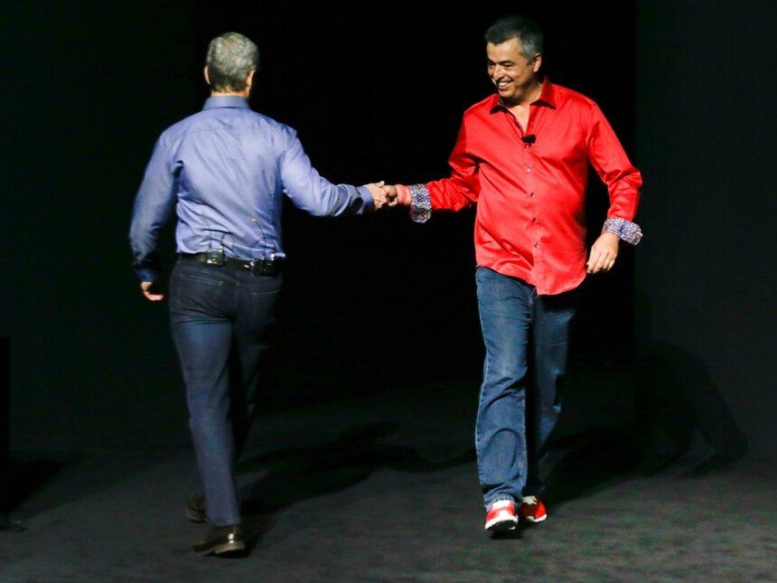 Apple: ФБР може да ни накара да подслушваме американци през iPhone