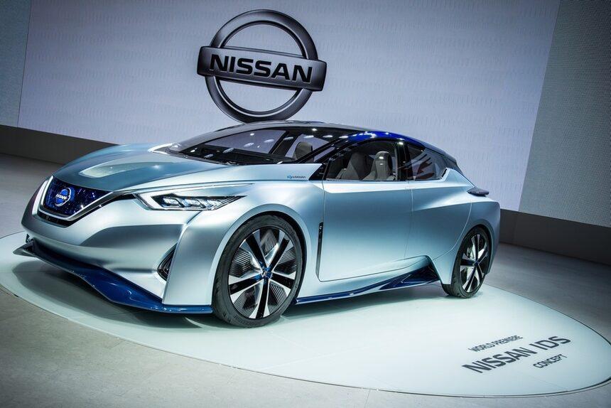 Renault Nissan планира 10 автономни коли до 2020 г.