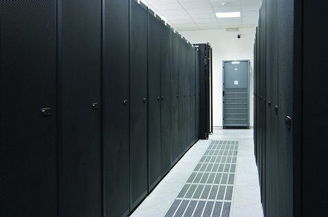 Центърът за данни Датикум внедрява флаш-базирани устройства