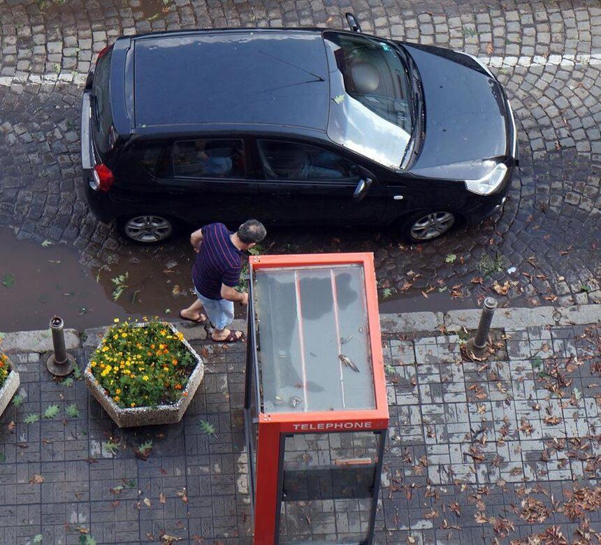 НАП ще следи онлайн за касови бележки за автостъкла
