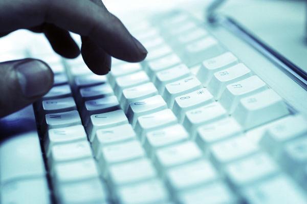 Хакери откраднаха данните на 2,9 млн. клиенти на Adobe