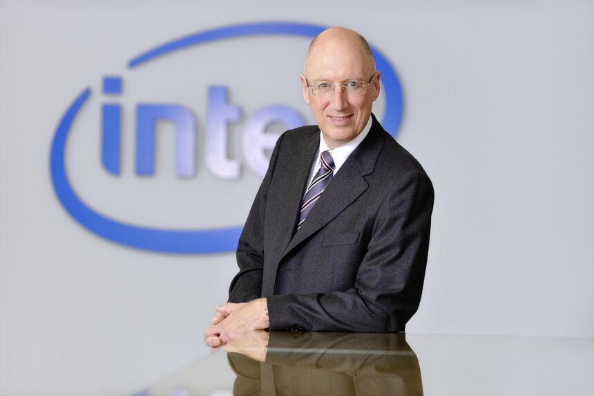 Алън Прийстли, Intel: големите организации ще преминат към използване на частни облачни решения