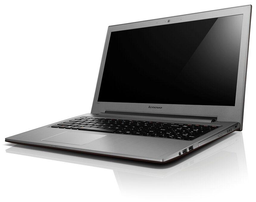 Глобул пусна лаптоп на Lenovo с Windows 8 и подаръци