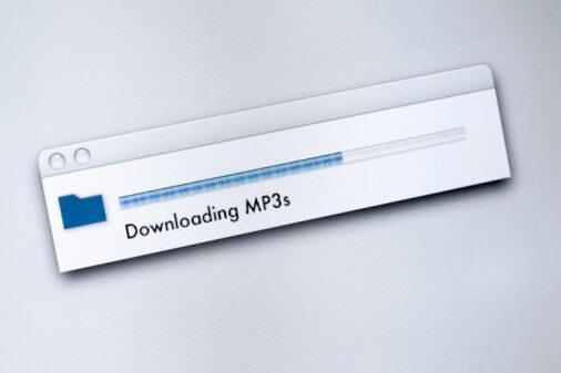 Нов закон в Япония предвижда затвор за нелегално сваляне на съдържание от Интернет