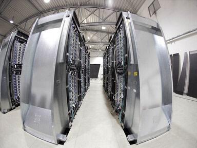 Революционна архитектура за центрове за данни разкри HP