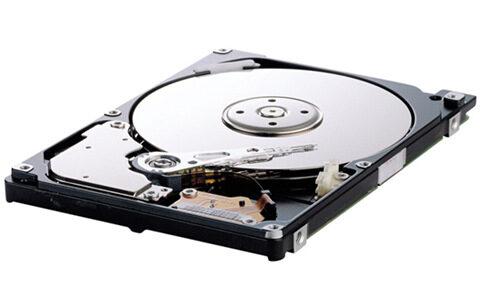 Срив в продажбите на твърди дискове през Q4'11