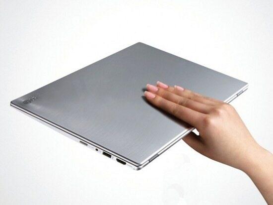 CES 2012: LG обяви елегантните и мощни ултрабуци Z330 и Z430