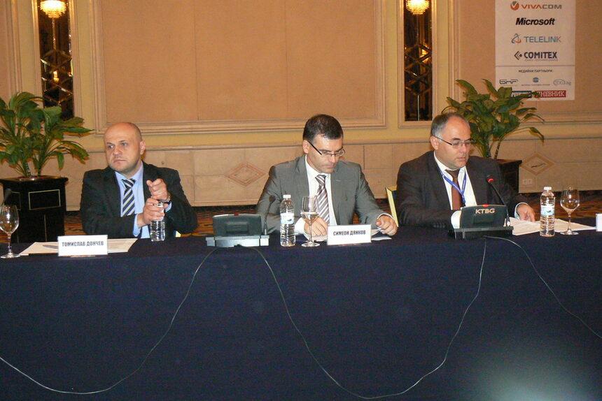 Процедурите по двата мегапроекта за е-управление по ОПАК ще се координират с ИТ бранша
